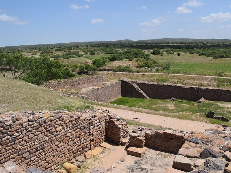 Traverse Across The Harappan Civilisation At Lothal & Dholavira