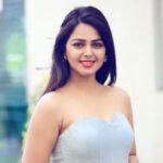 Monal Gajjar Gujarati Movie Actress